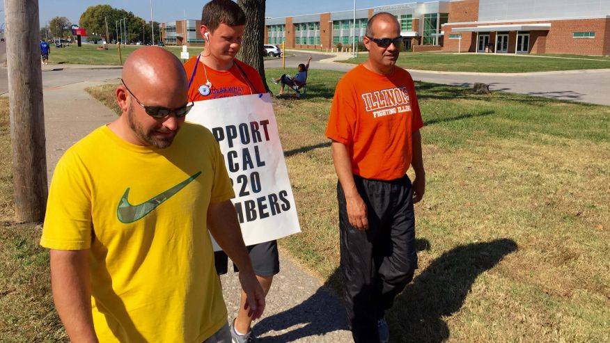 Illinois students in East St. Louis to return to school as month-long teachers' strike ends