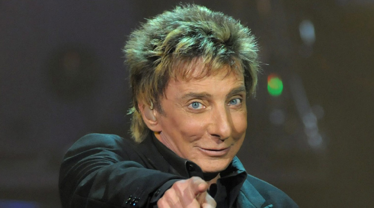 In this photo provided by the Las Vegas News Bureau, singer Barry Manilow performs his new show at the Las Vegas Hilton, in Las Vegas Friday, Sept. 26, 2008. (AP Photo/Las Vegas News Bureau, Brian Jones) ** NO SALES **