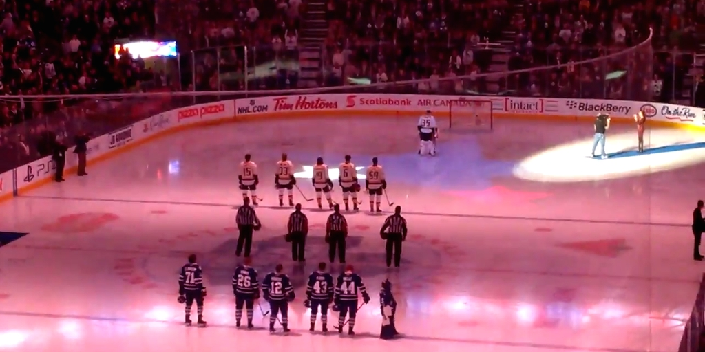 The Mic Cuts Out During U.S. National Anthem in Canada. What the Audience Does Will Give You Chills.
