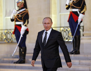 End of ISIS? Putin 'sending 150,000 soldiers to Syria to WIPE OUT evil Islamic State'