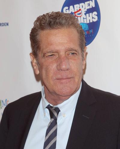 Glenn Frey: Eagles Founder and Guitarist Dies at Age 67