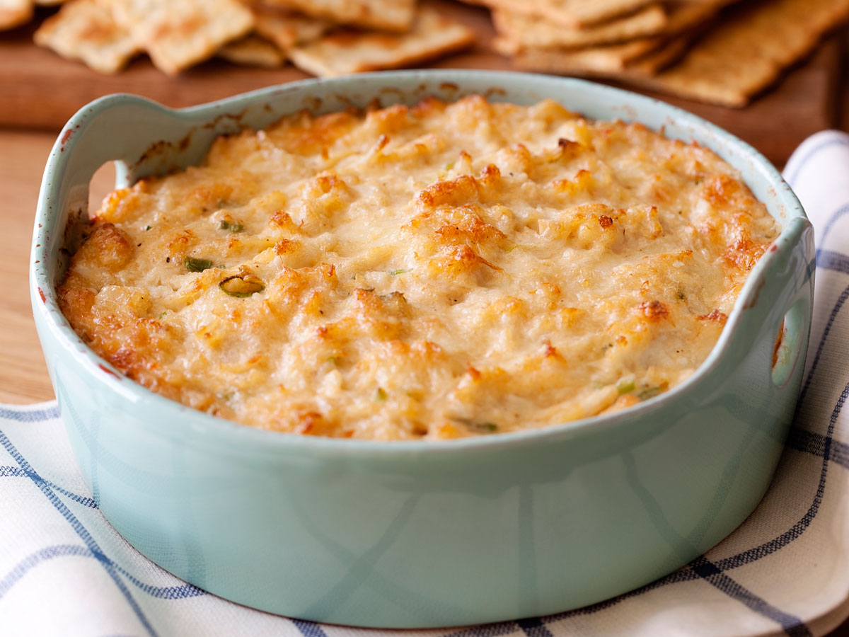 Warm Cheesy Crab and Beer Dip