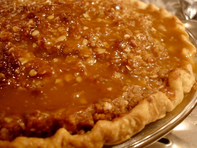 Grandma's Taffy Apple Pie