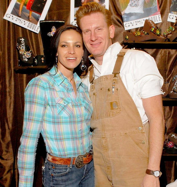 Joey and Rory Feek at the Backstage Creations during the 2009 Academy of Country Music Awards. Mark Photo Credit Sullivan/WireImage
