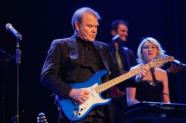 Glen Campbell enters final stage of Alzheimer's, according to wife