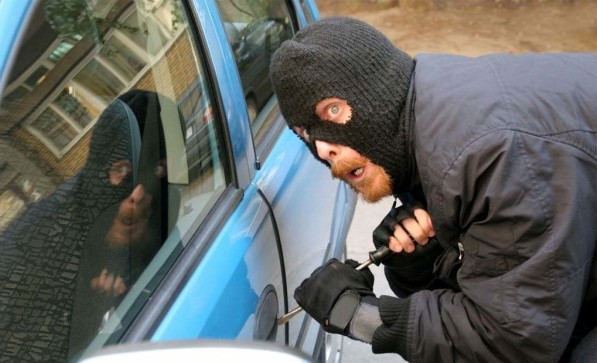 How to stop being such an easy target for car thieves - You MUST see this!
