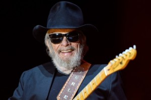 Merle Haggard's Family Releases What We've All Dreaded, Please PRAY!
