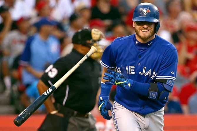 Donaldson believes some Blue Jays 'need to evaluate their approach'