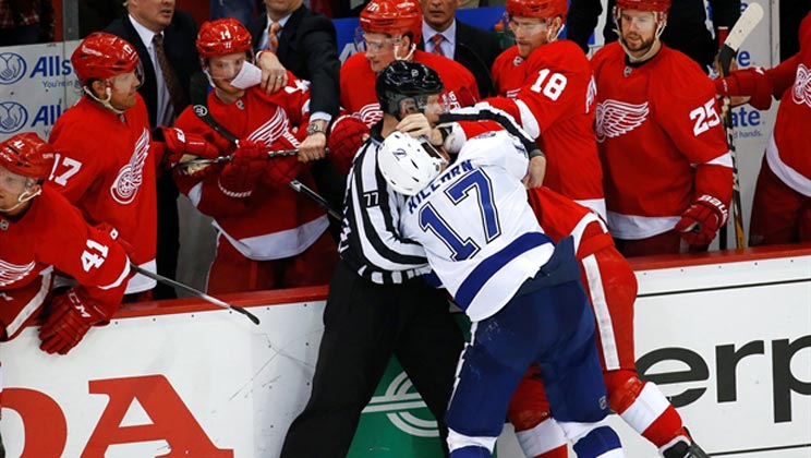 Lightning-Red Wings playoff rivalry heats up even more | SocialMediaMorning.com