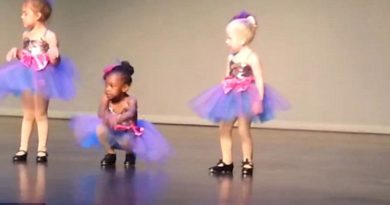 Doing their regular dance routine and nobody expects a little girl to do THIS — TOO FUNNY!