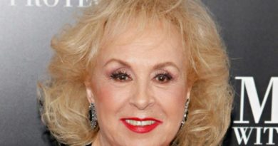 'Everybody Loves Raymond' star, Doris Roberts dies at 90