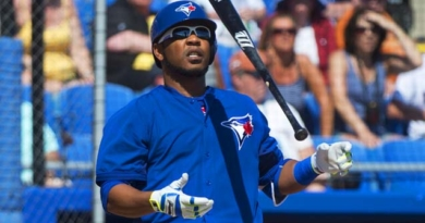 Report: Blue Jays offered Encarnacion 2-year deal