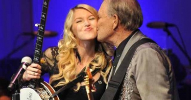 Ashley Campbell talks vividly about Glen Campbell's dire struggle with Alzheimers