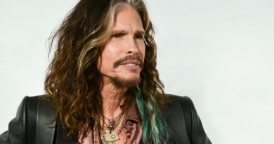 Steven Tyler going country