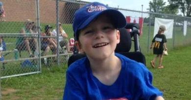Blue Jays' Kevin Pillar touched by letter from little 'Superman' in Antigonish