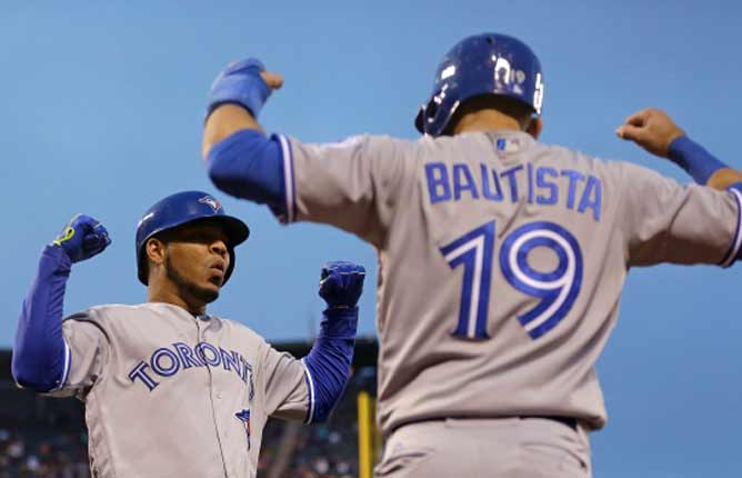 Encarnacion, Sanchez highlight Jays' win over Giants