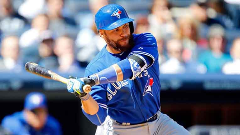 Blue Jays walk off Rangers again with Martin hit