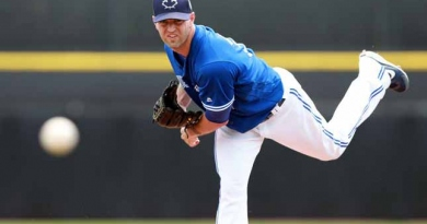 Happ dynamite as Blue Jays down Giants