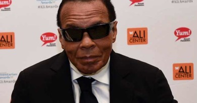 Muhammad Ali on life support as family is warned 'the end is near'