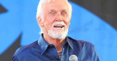 Kenny Rogers knows when to 'fold em: ' I have no intention of coming back' (Interview)