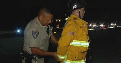Cop arrests firefighter trying to help victims, over parking violation (VIDEO)