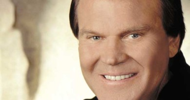 Glen Campbell signs first new management deal in 50 years. Previously unheard music to be released