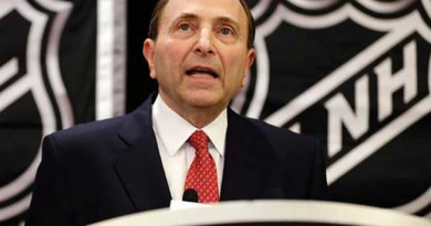 U.S. senator 'very disappointed' with NHL's stance on concussions