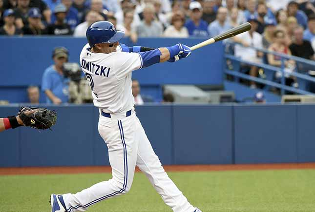Tulo Tulowitzki suffers 'chip fracture' in thumb