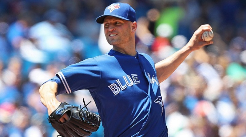 Happ shines as Jays avoid sweep against M's