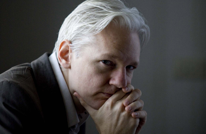 "Green Party's Jill Stein praises Julian Assange as a ""hero"""