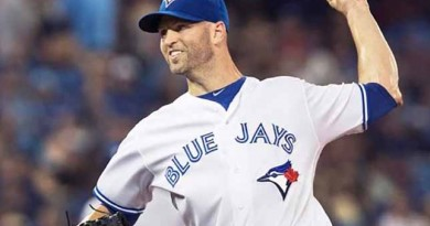 Happ picks up 16th win, Jays crush Rays