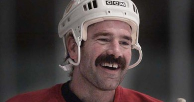 Ex-NHL player Dave Babych rescues disoriented teen on B.C. mountain