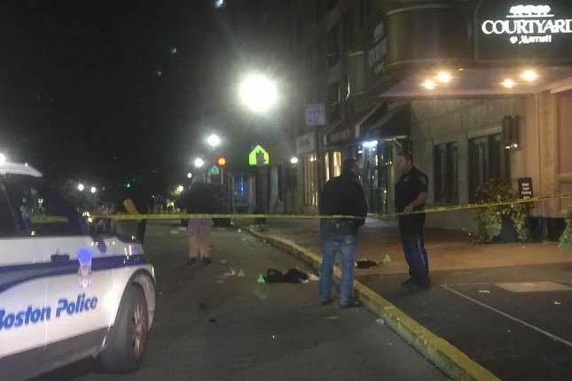 6 stabbed in Boston theater district melee