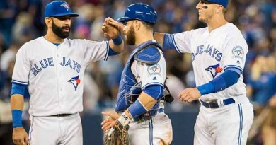 Blue Jays effectively bury Yankees' playoff hopes once again