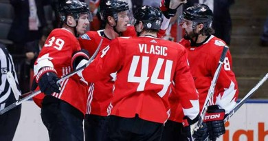 Canada complacent, victorious in World Cup final opener