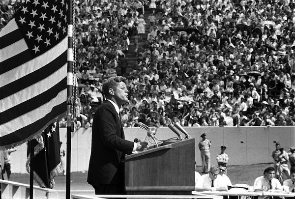 understanding-the-new-world-order-the-who-what-how-and-why-jfk-speech-on-secret-societies