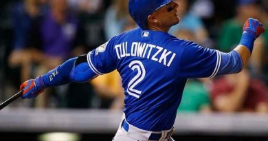 Blue Jays pack a wallop in 10-1 win over Rangers