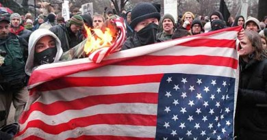 Hampshire College removes US flag as offensive - Veterans protest