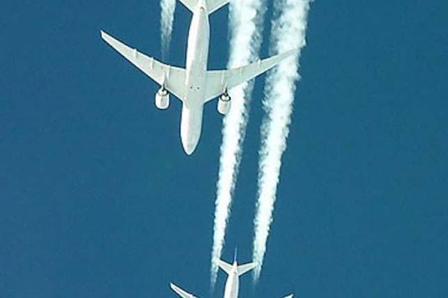 U.S. Government to mass administer flu vaccine using chemtrails
