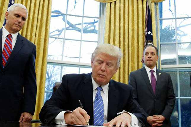 Trump expected to order temporary ban on refugees