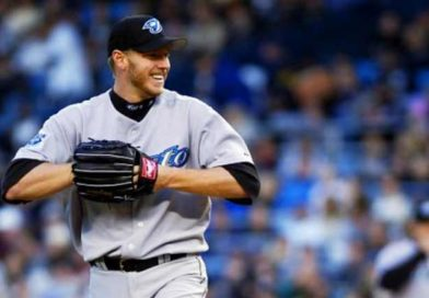 Roy Halladay honored at memorial service (VIDEO)